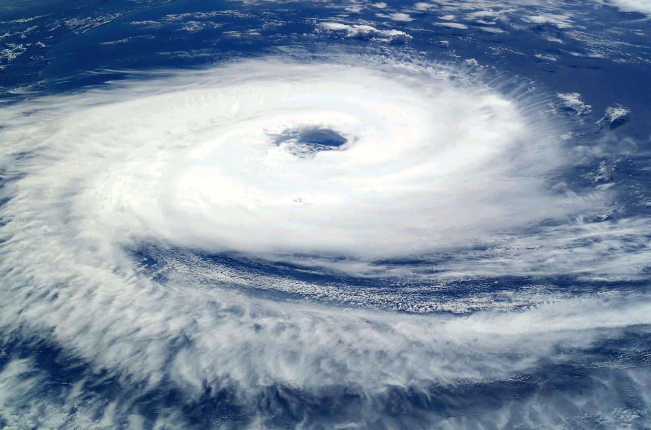 台風の音が・・・